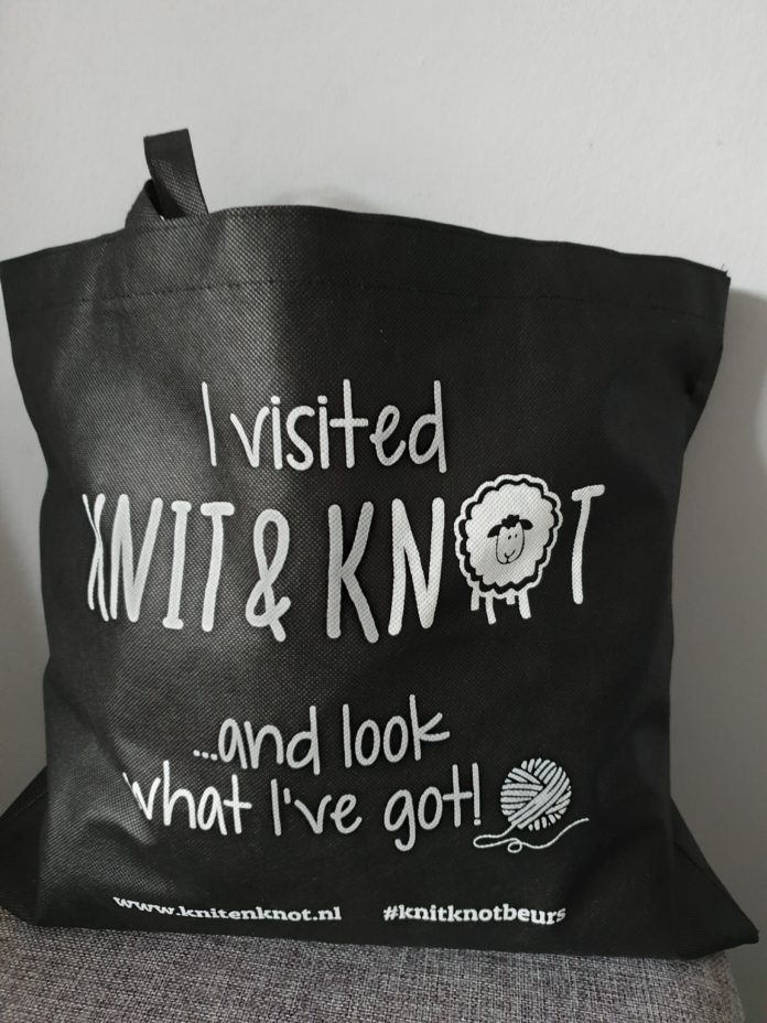 knit & knot goodiebag