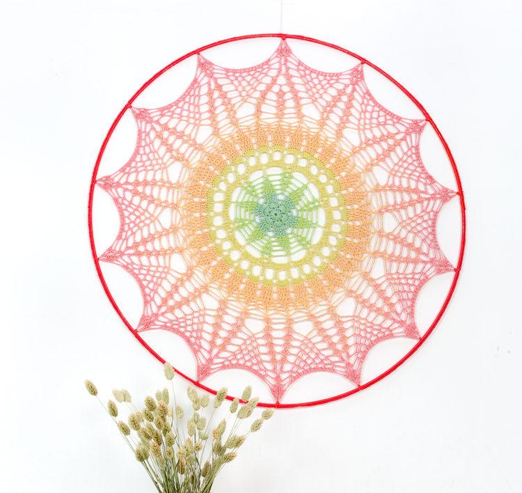 Wonderbaar Zonnige mandala - Aan de haak EN-95